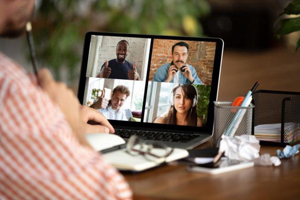 Jak w dobie kryzysu zacząć szkolić i uczyć online