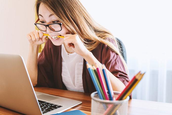 Jak urządzić kobiece biuro w stylu prowansalskim