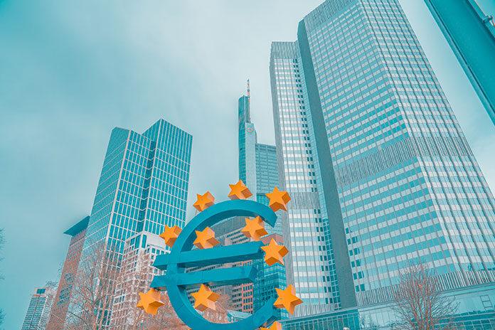 Historia wspólnej waluty Unii Europejskiej (EUR) w pigułce